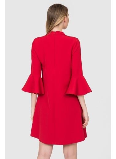 İroni V Yaka Kolları Volanlı Elbise Kırmızı